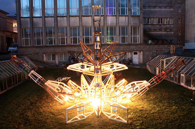 YA+K - yaplusk - Amalgame - Installation artistique Brest (2)