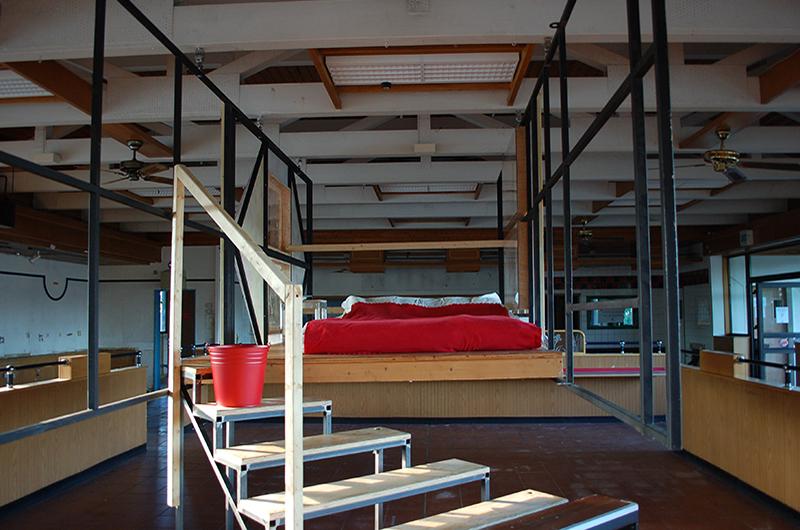 YA+K- yaplusk - SHABBY SHABBY - chambre d'hôtel éphémère (3)