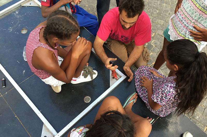 YA+K - yaplusk - Place des fêtes - conconstruction d'une cuisine mobile (2)